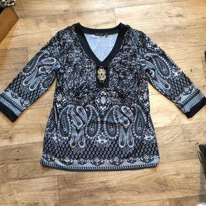 Sale! 🎉 ‼️Notations Quarter Sleeved Top!!!